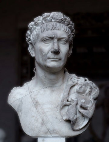Traianus_Glyptothek_Munich_72b.jpg