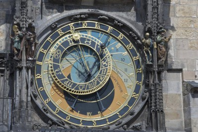 horloge-astrologique-de-prague-2.jpg